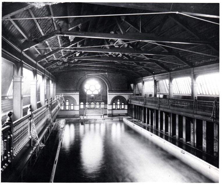 The College swimming pool in 1939, at the outbreak of the Second World War