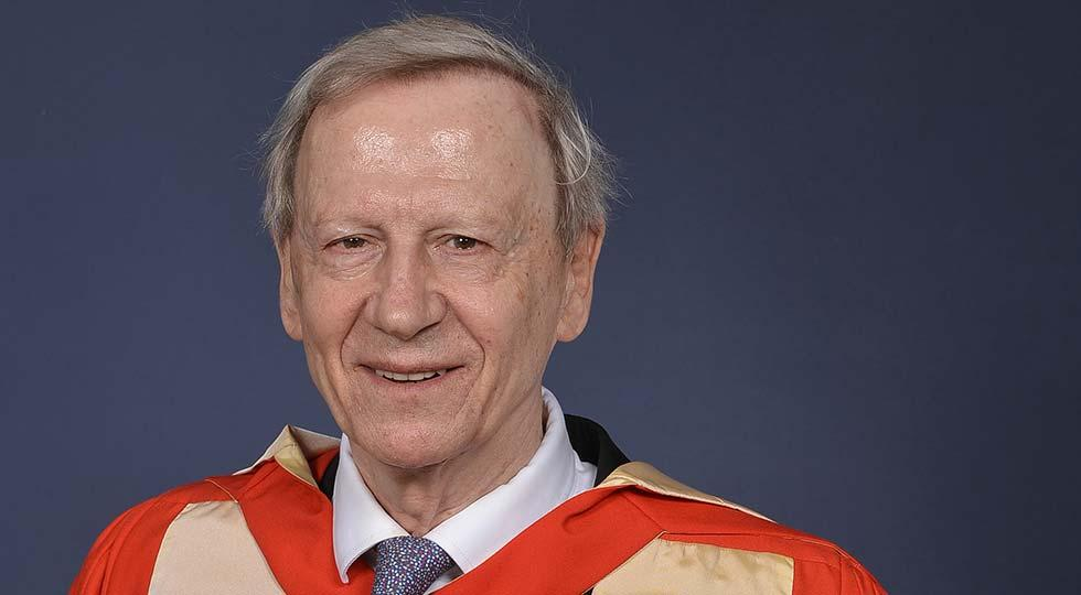 Photo of Lord Anthony Giddens