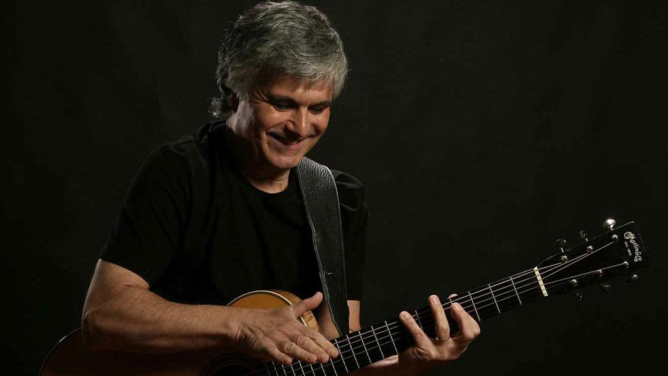 Photo of Laurence Juber