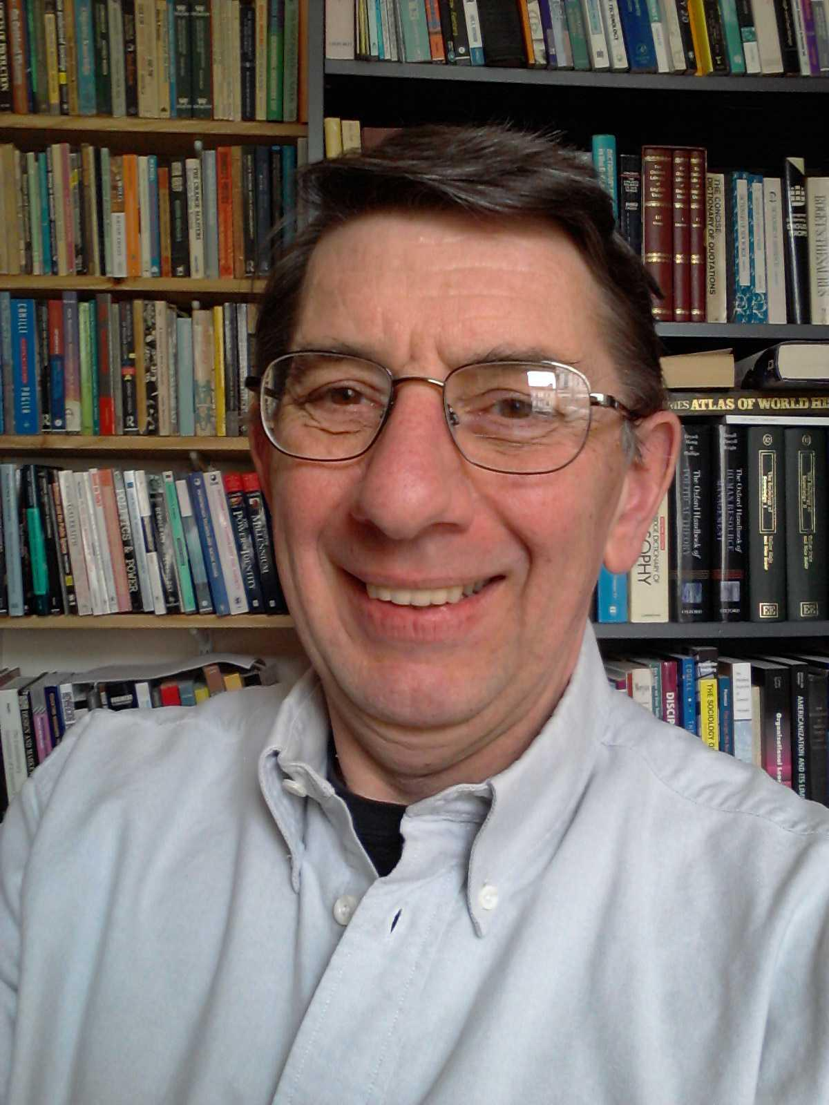 Photo of Dr Richard Hull