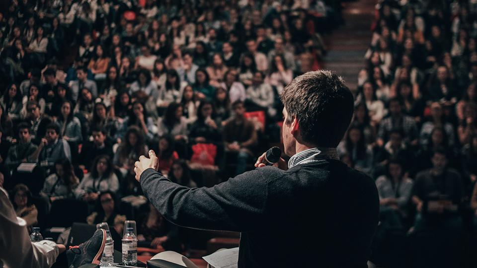 Advanced Methods in Public Speaking | Goldsmiths
